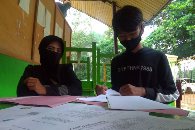 Kisah Tetangga Sekolah yang Sempat Ditolak Sistem Masuk Jalur Zonasi: Dibijaksanai Sekolah Setelah Melihat Langsung Rumahnya